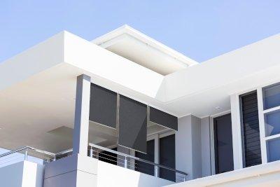 Exemple d'installation de store vertical bon plan